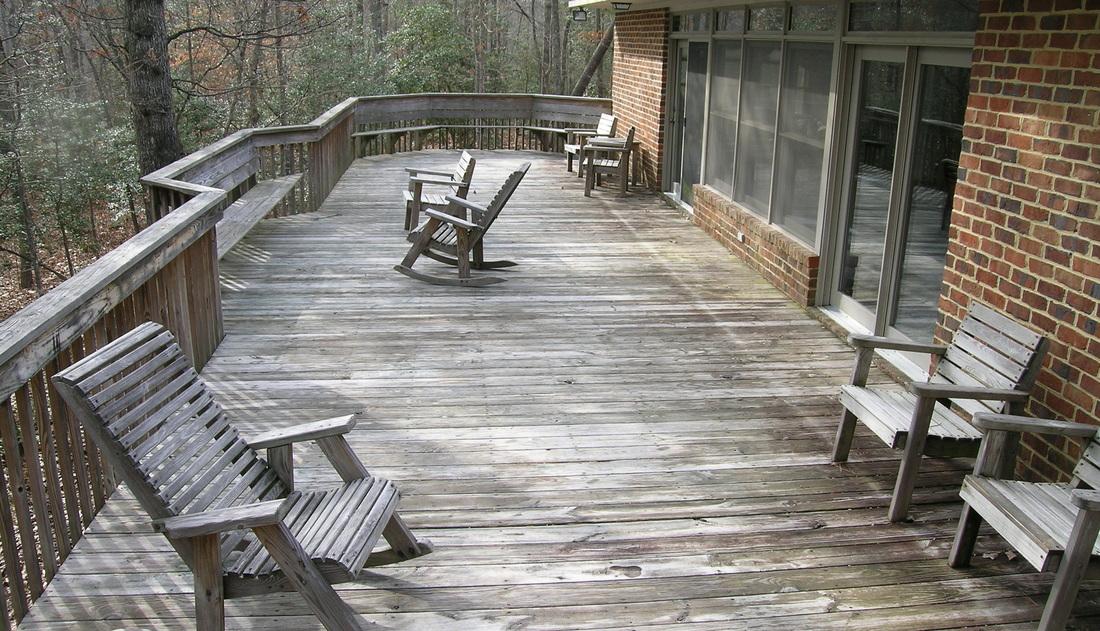 Cottage Deck/Patio in Williamsburg, VA