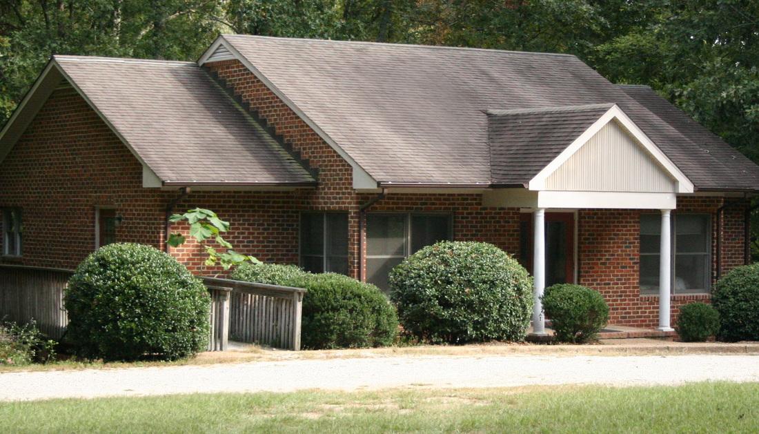 Exterior of Cottage in Williamsburg, VA